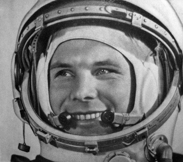 Yuri Gagarin,50 años de su muerte. El primer hombre que llegó al espacio A bordo de la cápsula Vostok, dio una vuelta al plantea en una hora y 48 minutos.