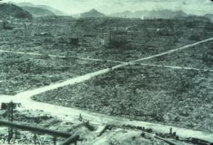 Y esta es una foto de cómo quedó Hiroshima tras el ataque:
