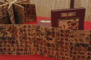 """El mexicano que robo y recupero el códice """"Tonalámatl Aubin"""" en París."""
