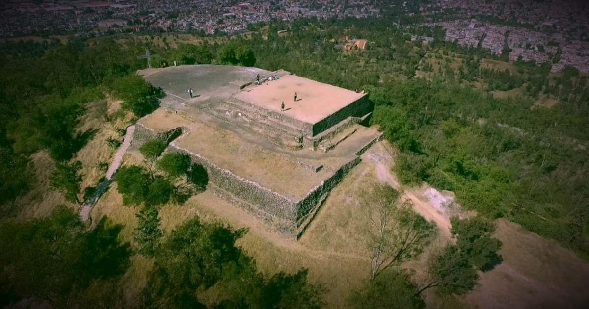 Milenaria pirámide 'Teotihuacana' oculta de bajo la crucifixión de Jesús en Iztapalapa.