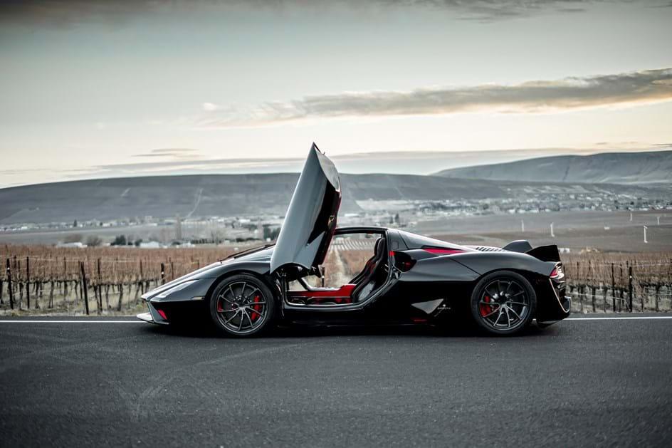 El Tuatara SSC GANA el título del auto más rápido del mundo